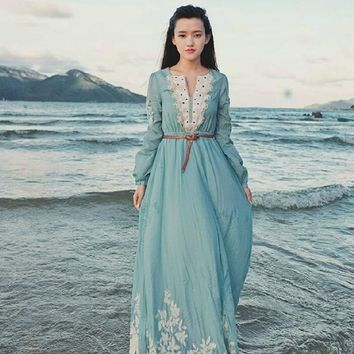 Bohemian Style Women Retro Embroidery Dress Autumn Winter Large Swing Long Sleeve Beach Dress For Vacation CH-62