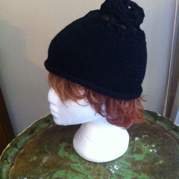 Vintage Knitted Black Fitted Hat by JuJu Knits Designed Top Detail Small - Medium
