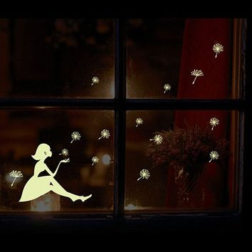 3D DIY Cartoo kid's Wall Decal Stars and moon Glow in The Dark Wall Stickers Fluorescent Luminous Decals