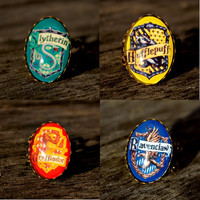 Harry Potter Hogwarts houses vintage style ring