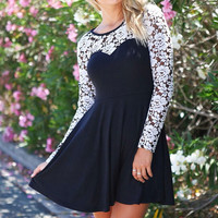 Lace Stitching Round Neck Long-Sleeved Dress XE0104BG