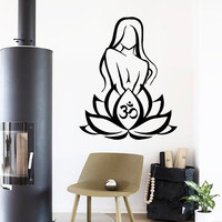 Wall Decals Om Sign Girl In Lotus Flower Yoga Pose Gym Sport People Home Vinyl Decal Sticker Kids Nursery Baby Room Decor kk683