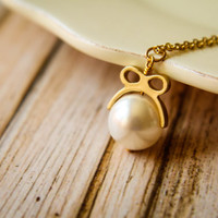Pearl with a Bow Necklace - 58 pearl colors to choose from