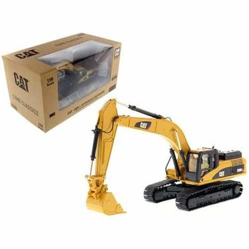 CAT Caterpillar 330D L Hydraulic Excavator Core Classics Series with Operator 1/50 Diecast Model by Diecast Masters