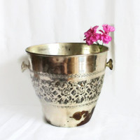 Very rustic ice bucket copper pot, hand etched flowers, wine & champagne bottle cooler, chiller. Shabby houseware, planter, handmade etching