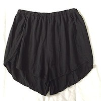 """SOLD OUT!! """"Taylor"""" Shorts, Brandy Melville, ITALY, One Size, Black"""
