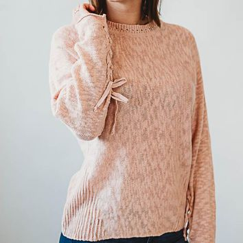 Lace sleeve sweater - pink