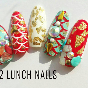 Renneissance, mermaid,summer,aquatic,falsenails,fake nails,press on nails,gold,red,white