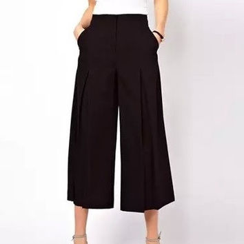 Pleated High-Waist Culotte Pants With Pockets