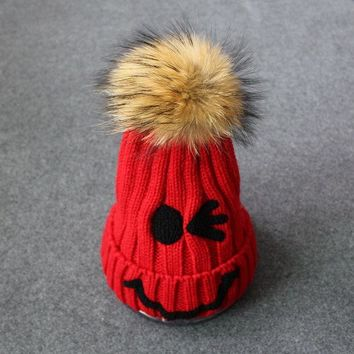 LMF9GW Girls Cute Smile Beanies Warm Winter Knitted Hat Pom Pom Hats Sweet Gifts To Friend Fashion Skullies