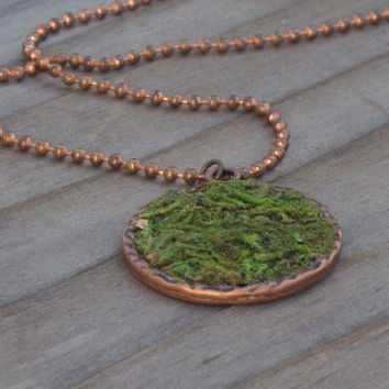 Moss Necklace, Eco friendly Moss Pendant, Living Plant Jewelry, Terrarium Jewelry, Earth Day Necklace, Garden Jewelry