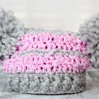 Crochet baby beanie  with pom-pons, chunky gray  and pink photo prop, newborn 0-3 months