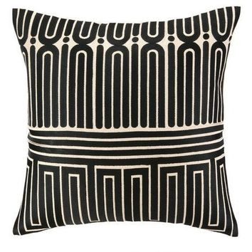 Black Garden Maze Throw Pillow