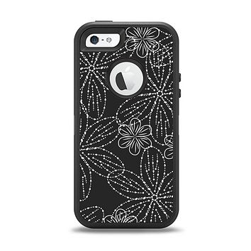 The Black & White Floral Lace Apple iPhone 5-5s Otterbox Defender Case Skin Set