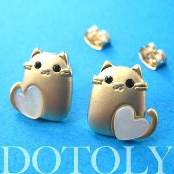 Kitty Cat Animal Stud Earrings in Gold with Heart Shaped Detail | ALLERGY FREE