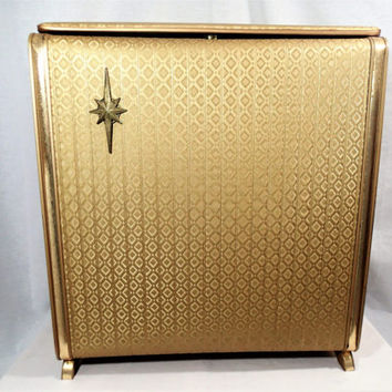 Hollywood Regency Gold  Clothes Hamper, Pearl Wick Gold Metallic Embossed Vinyl and wicker Laundry Hamper