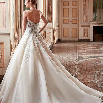[179.99] Amazing Tulle & Satin Sweetheart Neckline A-Line Wedding Dresses With Lace Appliques - dressilyme.com