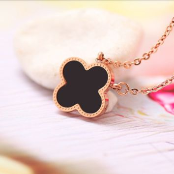 """""""Cartier""""18 k rose gold clover necklace fashion female contracted collarbone chain titanium steel decorations accessories pendant 18 k rose gold plating of gold process lasting color preserving Fade allergy prevention"""