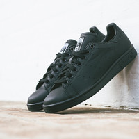 Pharrell Williams x adidas Stan Smith - 'Solid Pack' Black