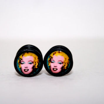 Marylin Monroe Pop Art Fake Plugs by Plug-Club