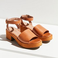 Seychelles Calming Influence Sandal | Urban Outfitters