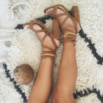 Sexy fashion pure color crossover brown thick heels sandals shoes