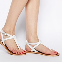 New Look White Gracie Toe Post Flat Sandals