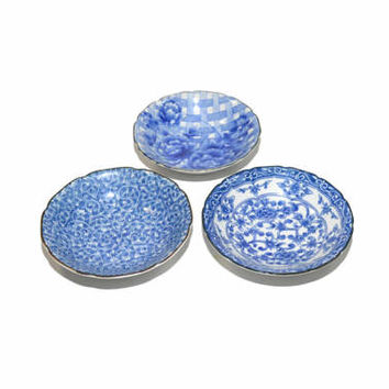 Vintage Blue and White Ceramic Bowls Floral Print Bowls Blue and White Ceramic Dish Set of 3 Ring Dish