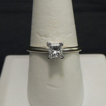 Solid 18K White Gold & Platinum .50 ct Princess Cut Diamond Solitaire Engagement Ring - Size 9.5
