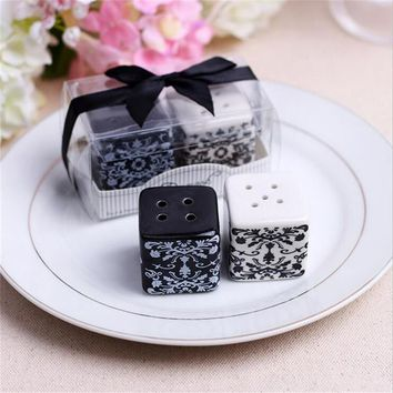 Creative Ceramic  Damask Salt & Pepper Shaker Wedding Favors And Gifts For Guests Souvenirs Decoration  Event & Party Supplies