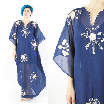 Vintage Floral Embroidered Caftan Dress Floral Kaftan Hippie Muu Muu Boho Summer Festival Dress Oversize Semi Sheer Blue Cotton Dress (M/L)