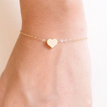 Gold Heart Bracelet - 14k Gold filled - Dainty Everyday Jewelry