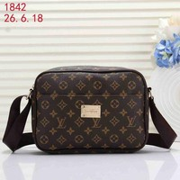 LV street fashion men and women classic print logo shoulder bag Messenger bag