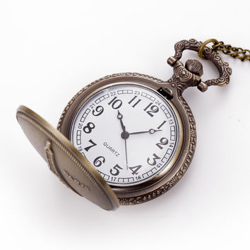 Fashion Vintage Pocket Watch Paris Towe Pattern Antique Chain Analog Necklace Quartz Watch