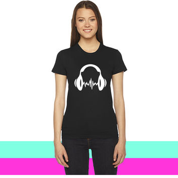 DJ headphones women T-shirt