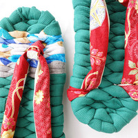 Zori Slippers with flower Kimono pattern straps - 雅 MIYABI - Japanese flip flops for inside room shoes, Green