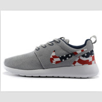 NIKE Roshe run fashion leisure network sports shoes Gray