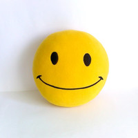 Round Pillow Smile, bright yellow smiley, smiley face