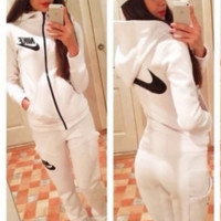 "Fashion ""NIKE"" Cotton Movement Leisure Two-Piece Set"