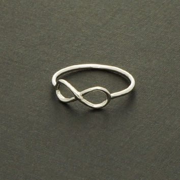 Infinity Ring in Silver / R013S
