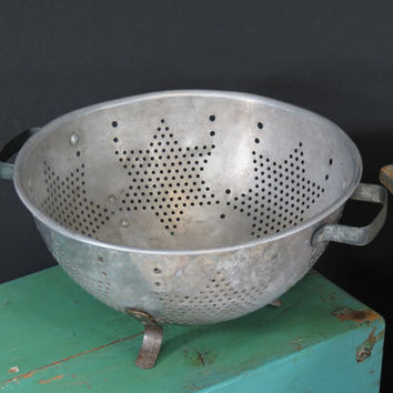 Star Colander Strainer Aluminum Footed Vintage Kitchen