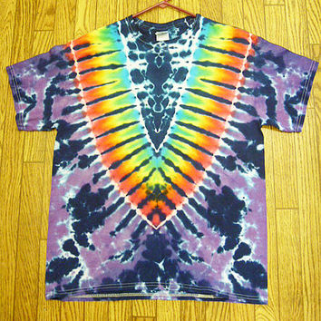 Tie dye Size LARGE Cosmic Vee Short Sleeve Tie Dye Shirt   NEW  unisex  guys  girls   handmade