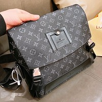 LV New fashion monogram print shoulder bag crossbody bag handbag Black