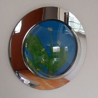 Fish Bubbles Reflection Fish Bubble - Deluxe Mirrored Wall Mounted Fish Tank