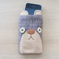 Iphone 4  cellphone case - Bear pouch - Felt accessories -  READY TO SHIP