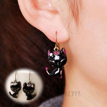 Latest New Arrival2015 New Chic Lady Girls Charming Lovely Cat Alloy Rhinestone Ear Stud Earrings