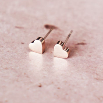 Solid heart stud earrings - rose gold titanium