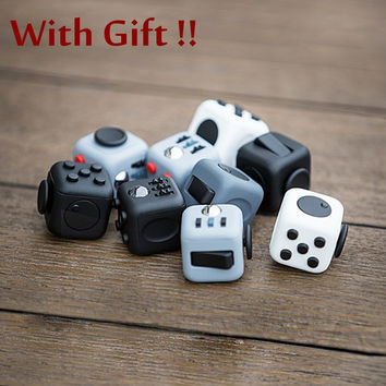 Novelty Desk Toy Fidget Cube Relieves Anxiety and Stress Juguete Squeeze Fun Fidget Cube Desk Spin Toys Useless Box F013A