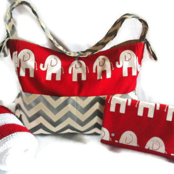 ULTIMATE TRENDY Diaper Bag/Diaper Clutch/ Baby Gift/Diaper Bag/ Red & White Elephant / Chevron Diaper Bag