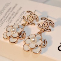 8DESS Chanel Women Flower Stud Earring Jewelry